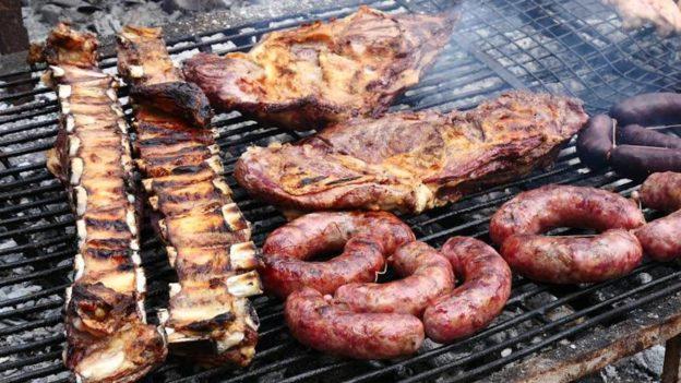 Aumentó la carne: ¿Cuánto cuesta un asado para cuatro personas en Funes?