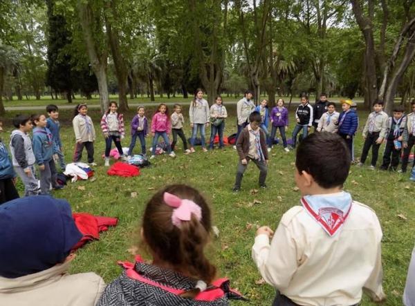 Scouts de Argentina da la bienvenida al grupo Scout Don Bosco de Funes